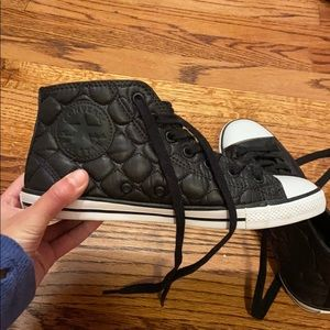 Women's size 6 black quilted converse